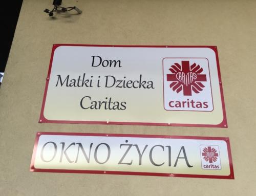 Caritas Polska ostrzega przed fałszywymi informacjami.
