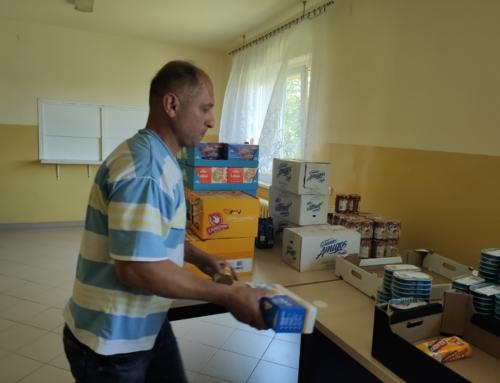 Caritas Diecezji Bielsko-Żywieckiej we współpracy z Diakonią Bulowicką Miasta Na Górze przekazała pomoc żywnościową dla osób bezdomnych przebywających w noclegowni przy ul. Krakowskiej w Bielsku-Białej.